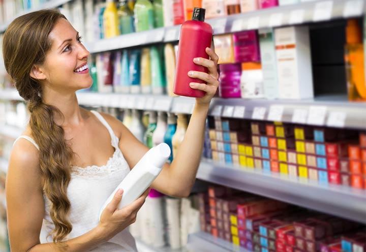 Выбирая средство от выпадения волос, отдавайте предпочтение брендовой продукции