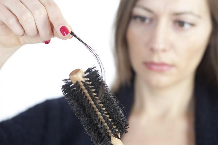 Почему очень медленно растут волосы на голове